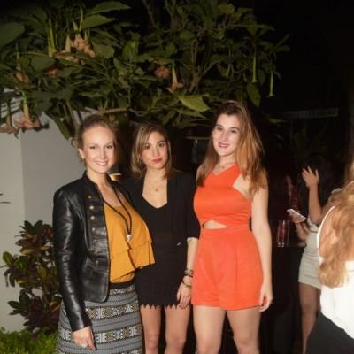 Janna de Alta-Torre, Guiliana Bernaola y Michelle Kauffman