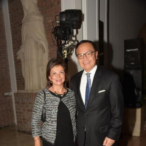 Luz María Calmet  y Jorge Chang