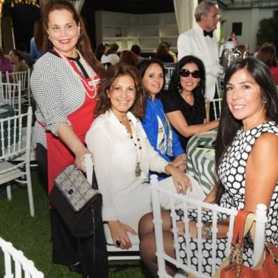 Marcela de Parker, Cristiana Cauduro, Magali Simon, Teresa Salazar y Cecilia Pásara
