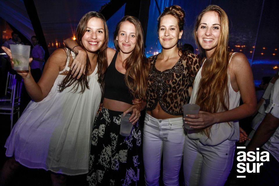Marinés de Izcue, Camila Loayza, Lucía Samardzich y Stephanie Hann..