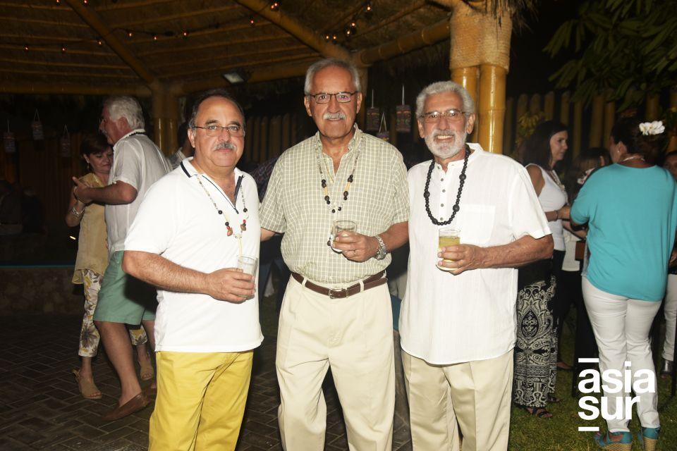 Alberto Morales, Willy Olivera y Javier Filomeno.