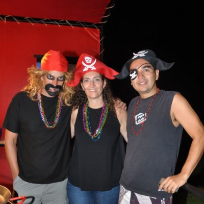 Carlos Pareja, Emma Pareja y Marc Dallard.