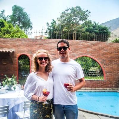 Claire Bolger y Jose Ignacio Adrianzén.