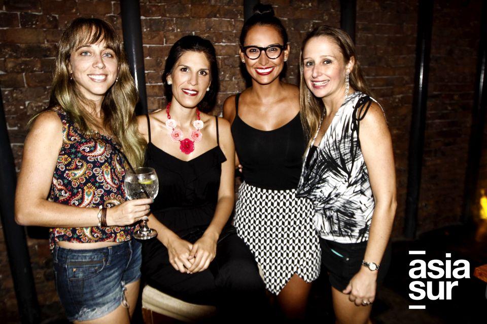 Daniela Olano, Danitza Ustavdich, Patricia Brocos e Isabel Lira.