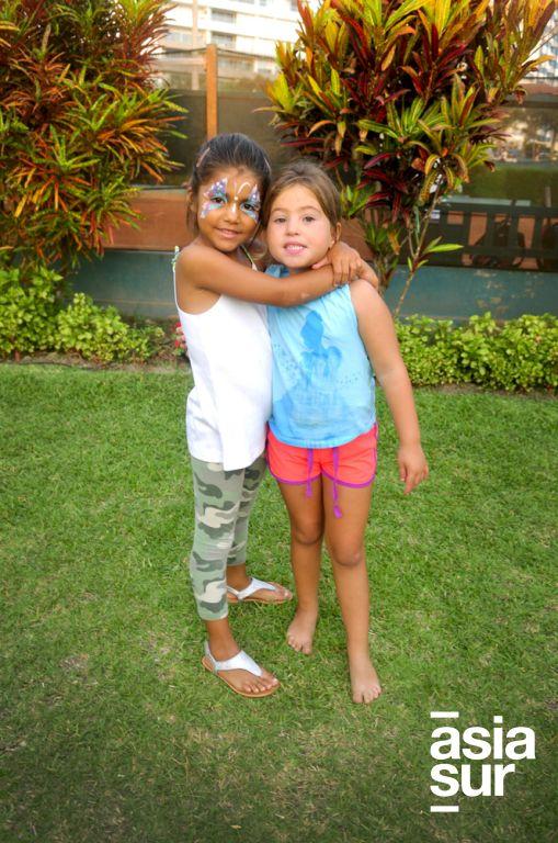 Miguela Cuba y Cristina Chirinos.