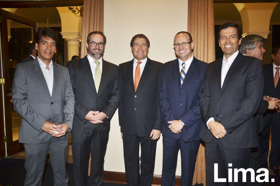 César Madrid, Andrés Zubiate, Rodolfo   Bragagnini, Alfonso Caillaux y César Pareja.