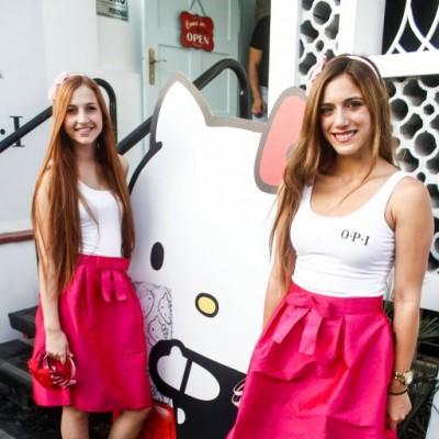 Camila Cayo y Coty Deacon.