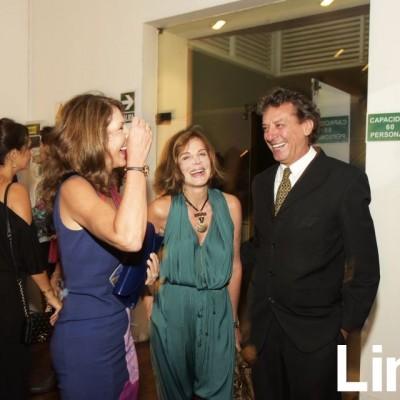 Mariana Garland, Malika de la Flor y Jes£s Ferreyros en Italian Galmour, Barranco.