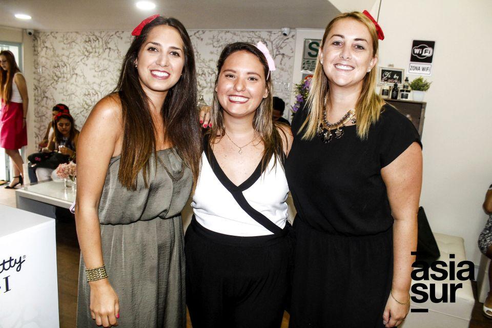 Erika Roldan, Eliza Fernández y Nicole Rosemberg.