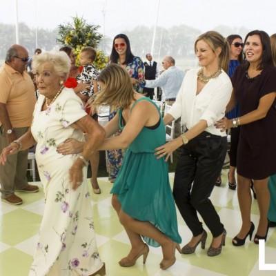 María Varea, Stephanie Schultz Varea,  Ana María Noriega Schultz, María  Elena Noriega Schultz, Claudia Maggi  Schultz y Aimé Carpio