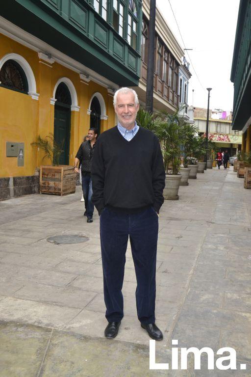 Carlos Llosa