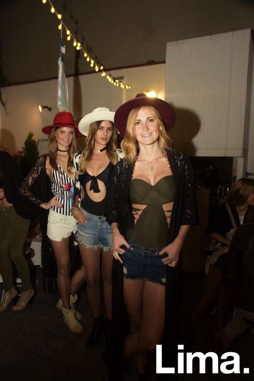 Anabel Vera, Cecilia Mihazzoli y  Flavia Benvenutti en lanzamiento de  Solkissed bikinis, Vernácula.
