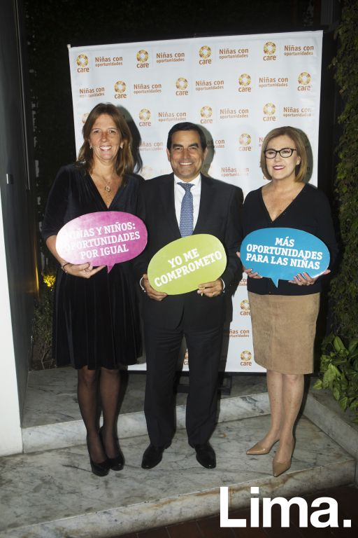 Lieneke Schol, Oscar Caipo y Mónica Delta