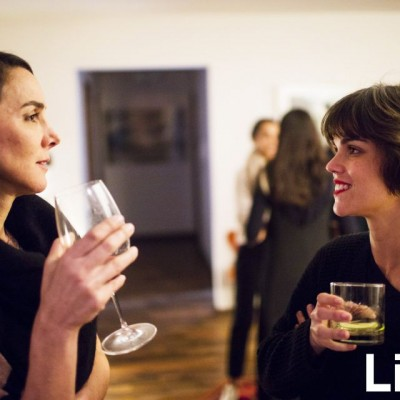 Bettina Lolas y Alessandra Denegri en Privado Glenfiddich de Ale Petersen.