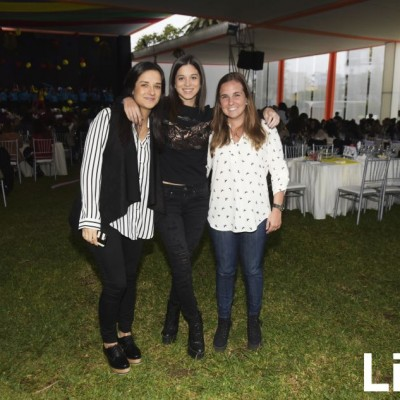 Alejandra Fernández-Concha, Mariana García y Luciana Benavides.
