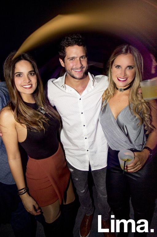 Carla Lercari, Aldo Pareto y Micaela Payet en Red Bull Flugtag After Party
