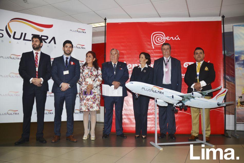 German y Josep Llop, Tika Suárez, Fernando González, Carmen De Reparaz, Julio Martínez y Andrés Hurtado