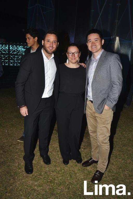 Miguel Angel Gomez, Fátima Pinto y Alex Huang