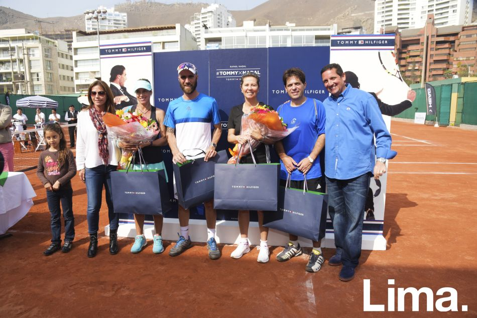 Nicole Abusada,  Ana María Feldman , Karin Stromeier,  Luis Horna,  Laura Arraya,  Jaime Yzaga y Mario Rodríguez