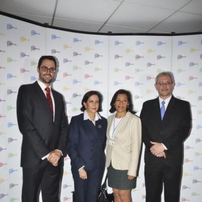 Pablo Laos, Carmen de Reparaz, María Cecilia Salazar y Guillermo Maquilon