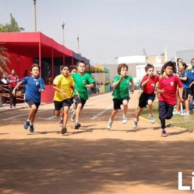 Carlos Wong, Santiago Cornejo y Matías Álvarez,  Marcelo León, Santiago Gaviria Juan Diego Vallve y Joaquín Lozano.