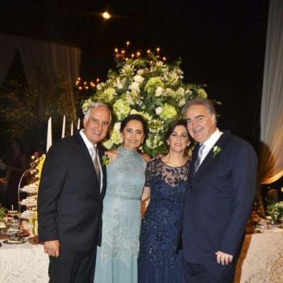 Alberto Llave, Chabuca Llave, Luis Navarro y Pilar de Navarro.