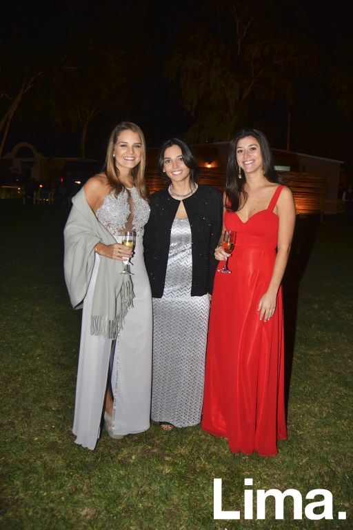 Alexia Barragán, Maria Ignacia Schwalb y Vania Zagazeta.