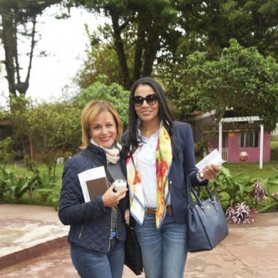 Ana Lucía Pérez y Katerina Pérez.