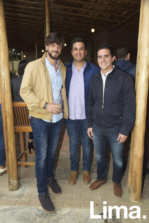 Andrés Ramos, Mark Smaldon y Luis Rolando.