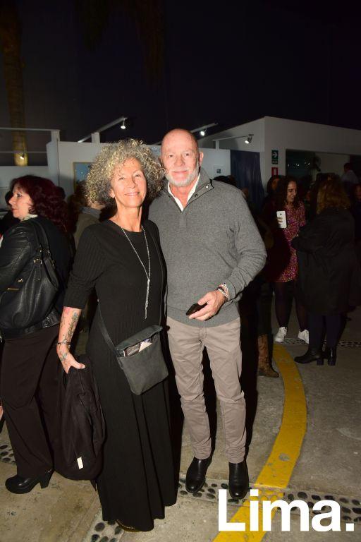 Mirella Martínez y Ernesto Peschiera.