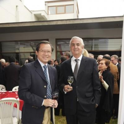 Enrique Wu King y Ricardo Cavenecia.