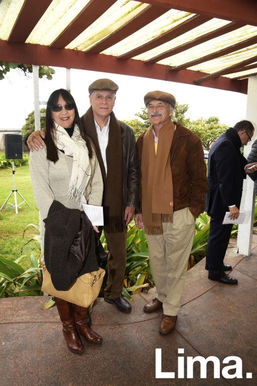 Jenny González, Carlos González y Gustavo Reátegui.