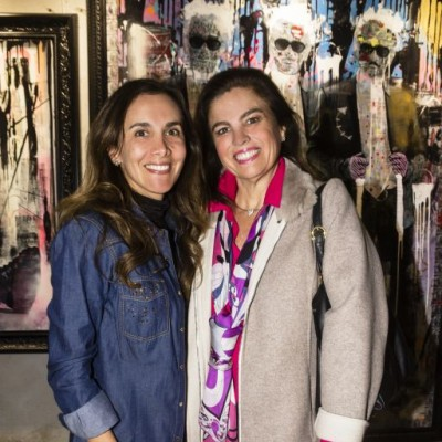 Karin San Román e Inés Alzamora.