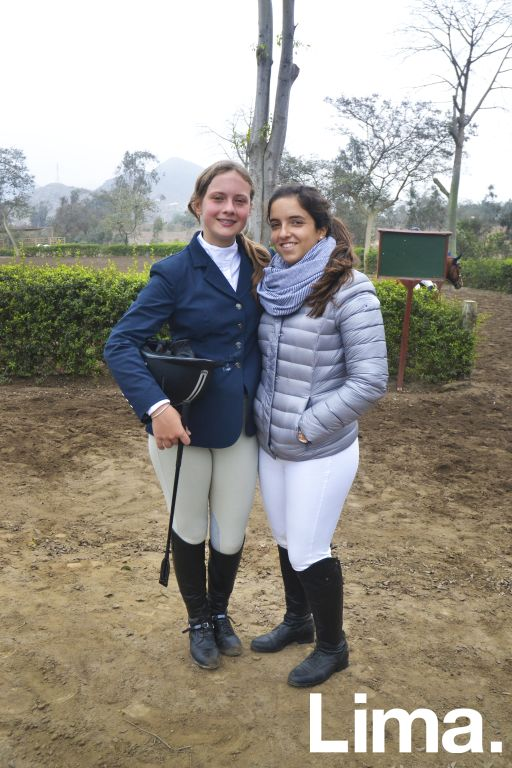Karina Vestergaard y Micaela del Risco.
