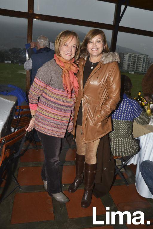 Mónica Peña y Victoria Mujica.