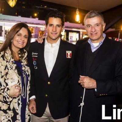 Maria Elena, Stefano y Pablo Peschiera.