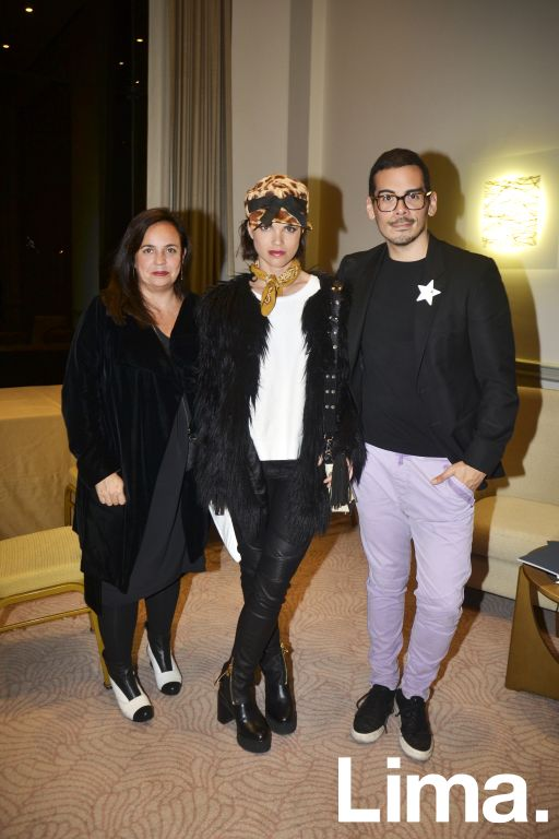 Alessandra Pettersen, Alessandra Denegri y Roger Loayza.
