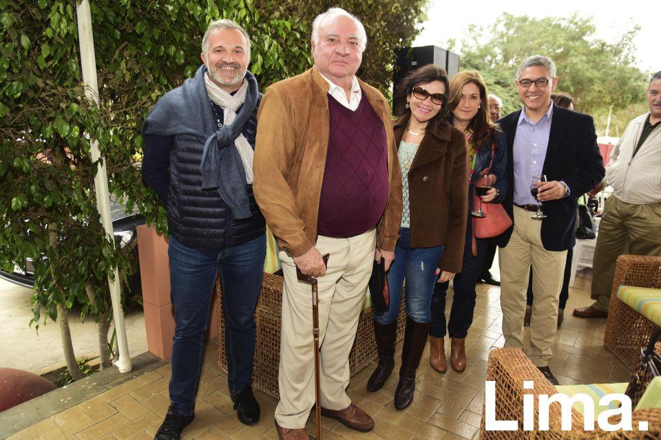 Alex Vial,  Luis Giampietri, Gaby Chávez, Beatriz Pardo y Pepe Elice.