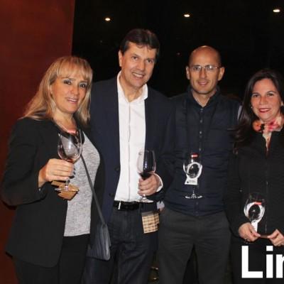 Gina Gatti de Muller, Adelberto Muller, Katari Aragón y Mariella Prado.