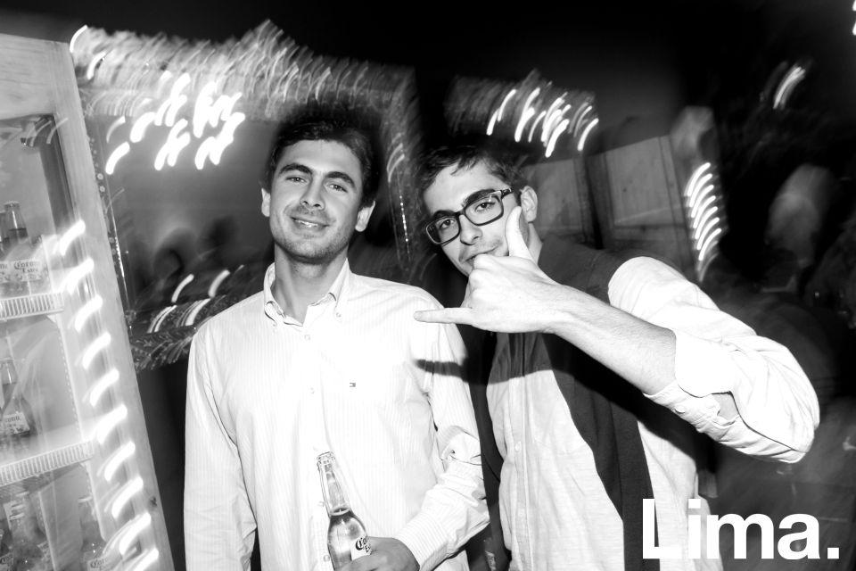 Lucas Bertie y Gonzalo García en exposición de Mari Plucker, Morphology Concept Store.