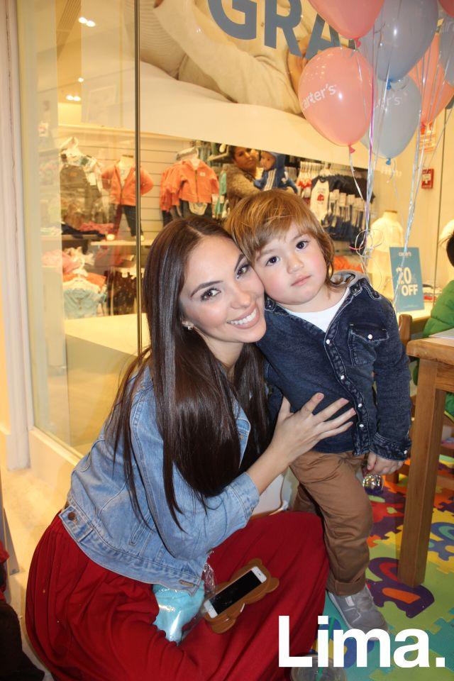 Natalie Vértiz y Liam.