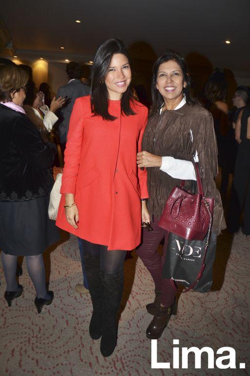 Paola Gamero y Martha de Gamero.