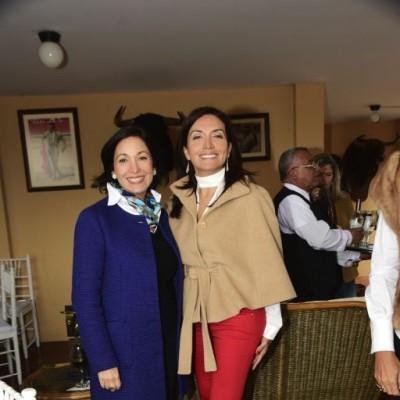 Paty Dutar y Yuliana  Aguirre.