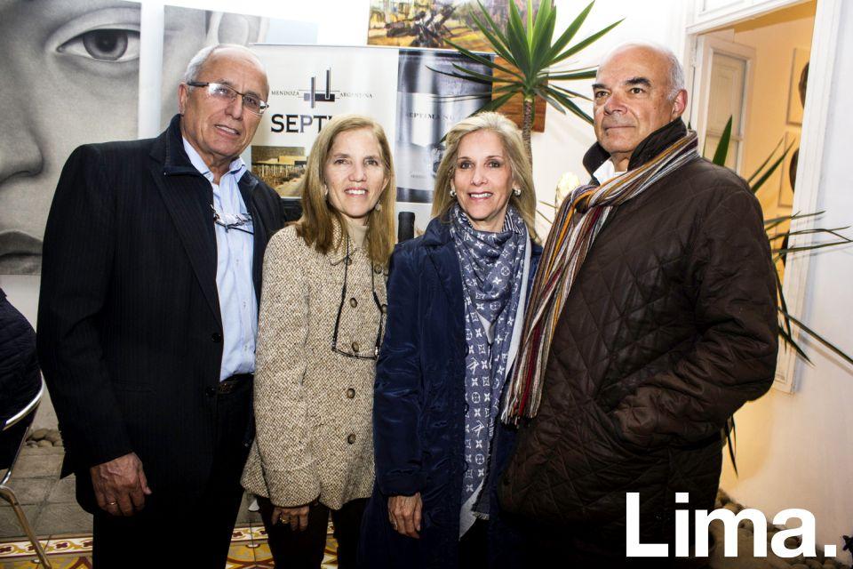 Rafael Zoeger, Gladys Zoeger, Flor Urrutia y Carlos Urrutia.
