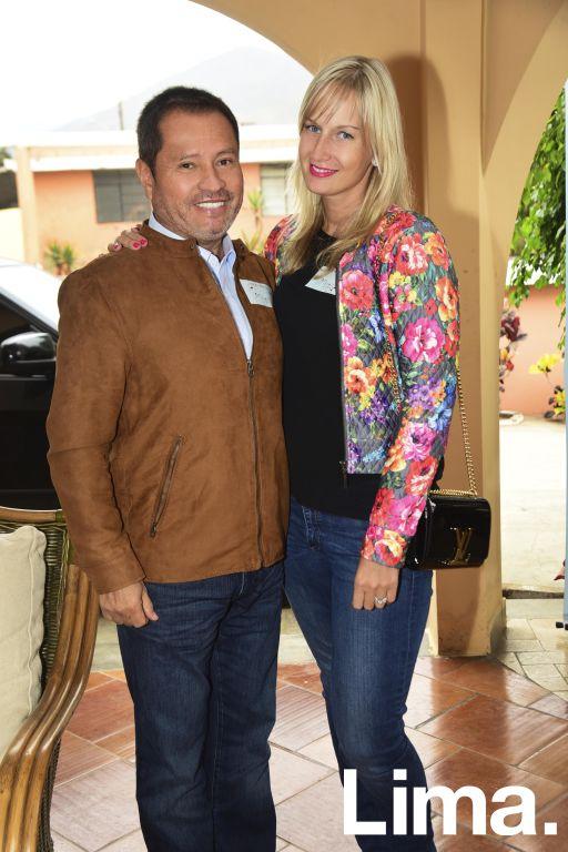 Raúl y Janna Alta Torre.