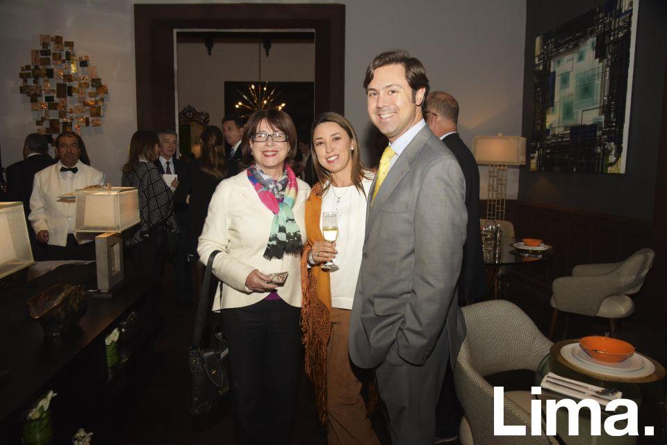 Cecilia Delgado, María Teresa Luna y René de la Fuente.