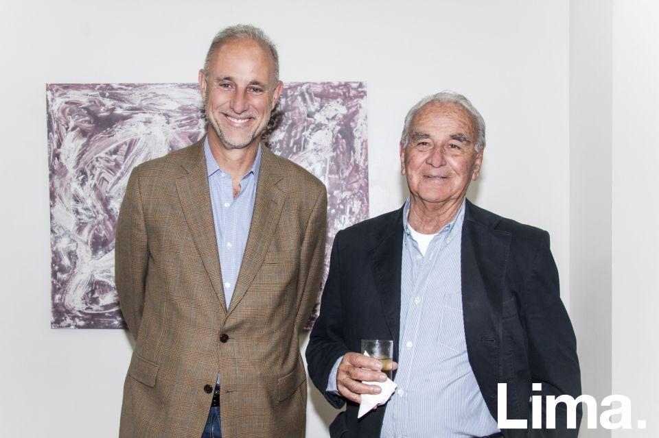 Javier Gonzalez-Olaechea y Edgardo Llosa.