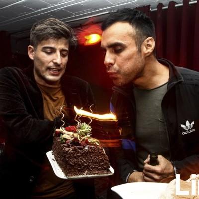 Jordi Vilalta y Rafo Iparraguirre en cumpleaños de Rafo, Microteatro.