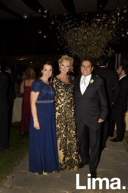 Lorena Koechlin, Meche Koechlin y Carlos Pardo.