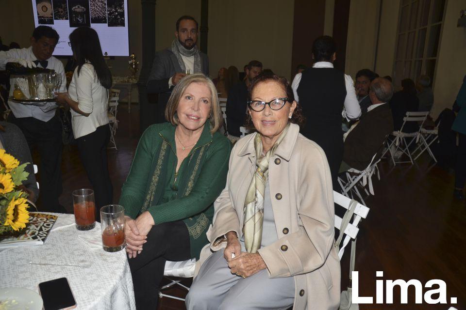 Mayu Hume y Marisa Guiulfo.
